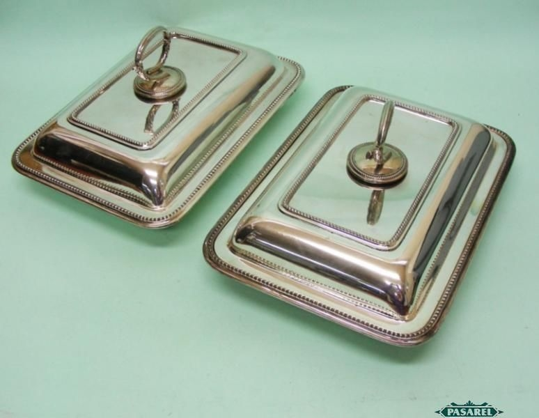 Pair Of Silver Plated Entree Dishes Amp Covers By Walker